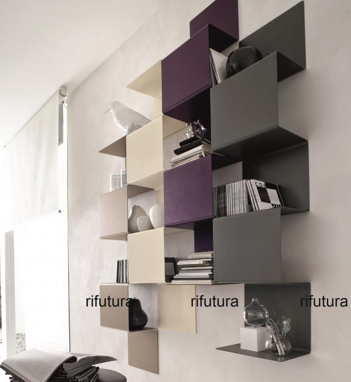 libreria in metallo da appendere a muro sl snake 16 colori