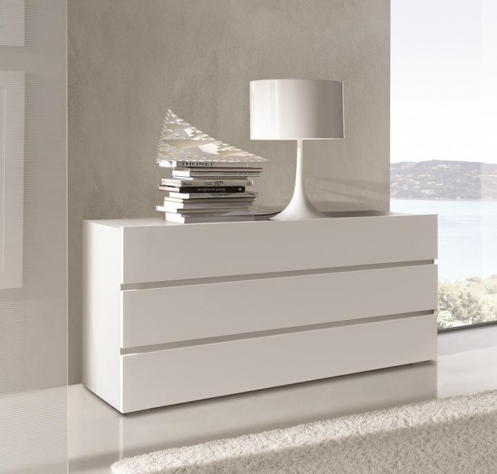 Com cassettiera semplice camera da letto moderna af eta - Cassettiere camera letto ...