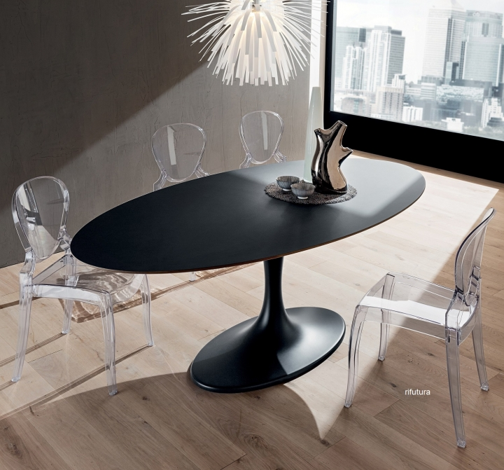 Tavolo ovale PR-RUUD piano in Fenix nero ingo 210 cm Saarinen