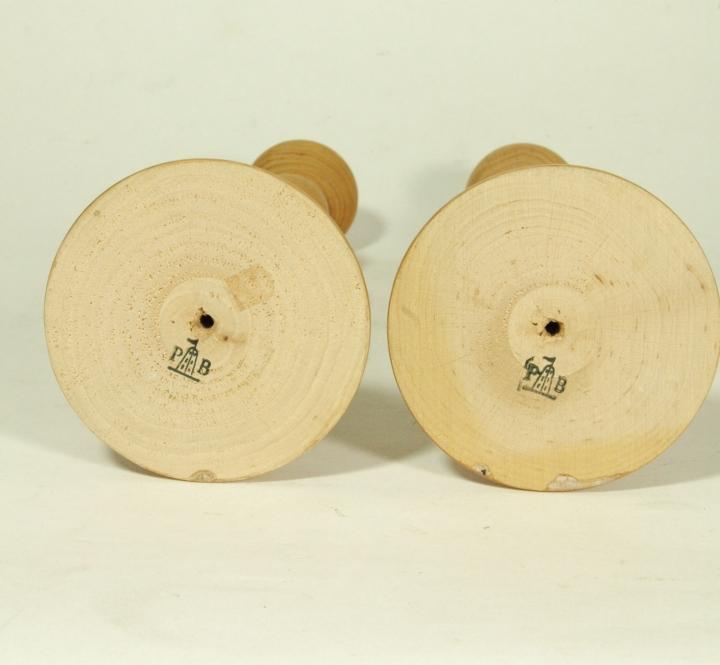 2 candelabri porta candele legno la porcellana bianca h32 for Oggetti usati in regalo