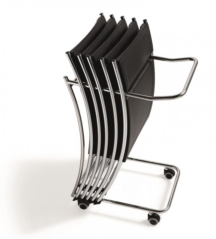 04 sedie pieghevoli e 01 carrello porta sedie sd no space for Sedie richiudibili