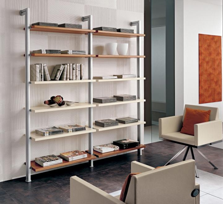 Libreria pr natasha con montanti in alluminio l195 9 cm for Mensole in alluminio
